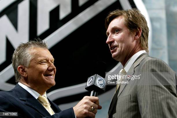 Managing Partner Alternate Governor Head Coach Wayne Gretzky of the Phoenix Coyotes speaks onstage at the 2007 NHL Entry Draft at Nationwide Arena on...