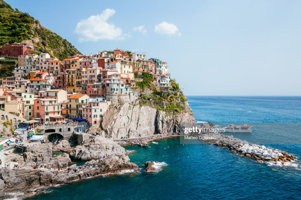 Manarola fishing village in the famous Cinque Terre, Italy : Stock-Foto
