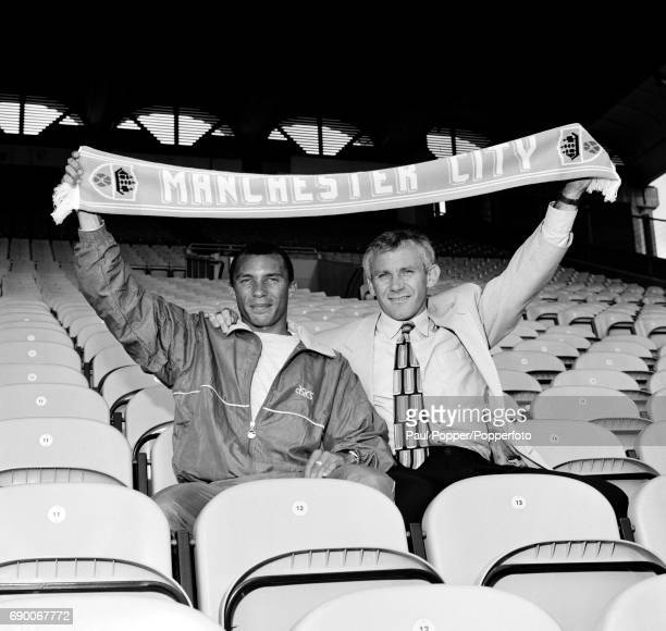 Manchester City manager Peter Reid with his new signing Terry Phelan at Maine Road in Manchester 25th August 1992