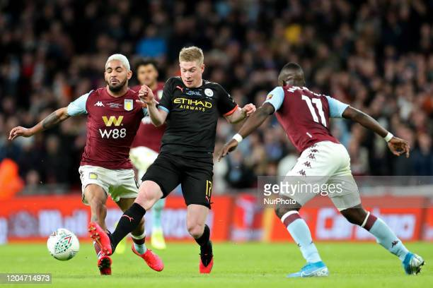 Manchester City midfielder Kevin de Bruyne is hassled by Aston Villa midfielder Douglas Luiz and Marvelous Nakamba during the Carabao Cup Final...