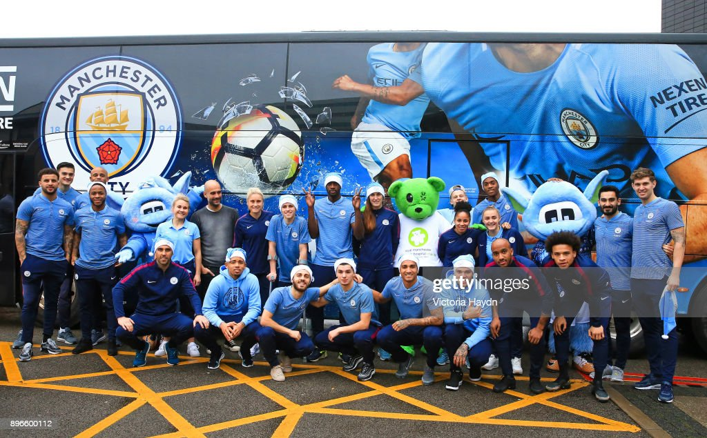 Manchester City and Manchester City Women Visit Royal Manchester Children's Hospital to Deliver Christmas Cheer : News Photo