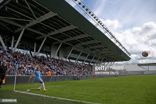 Manchester City Women's Izzy Christiansen takes a corner in front of the fans against Sunderland Ladies