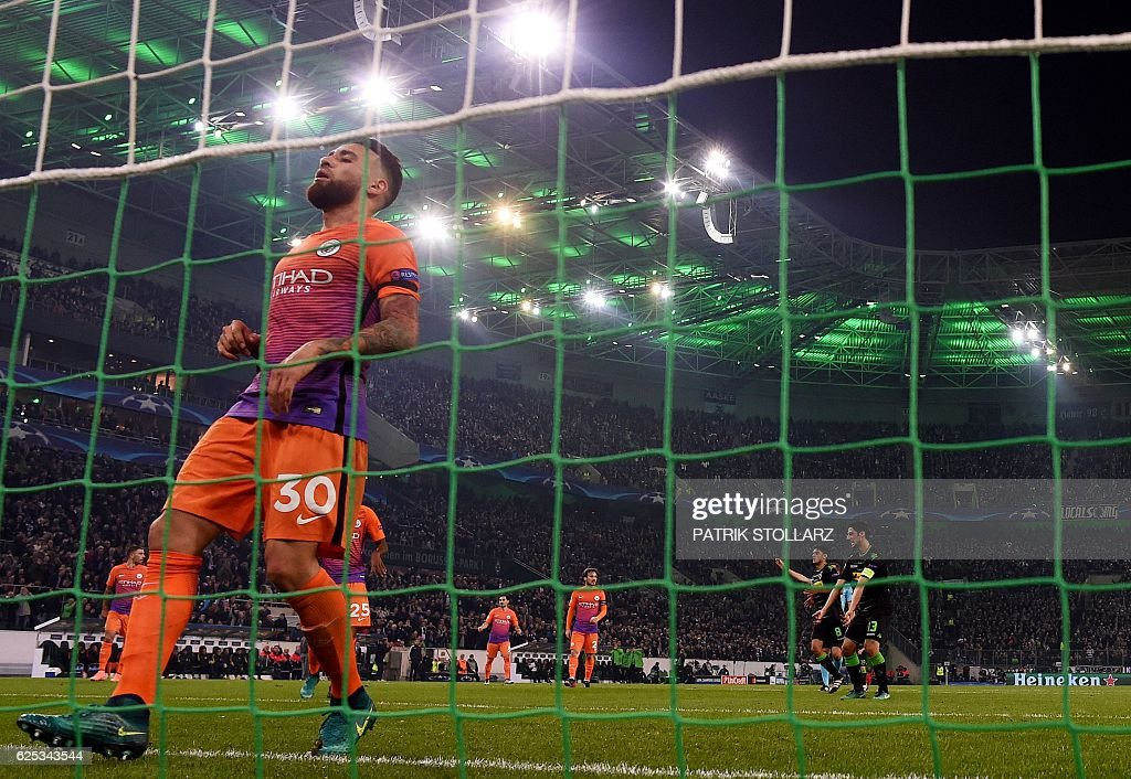 Manchester City's Argentinian defender Nicolas Otamendi runs in to goal during the UEFA group C Champions League football match between Borussia Moenchengladbach and Manchester City on November 23, 2016 in Moenchengladbach, western Germany. / AFP / PATRIK