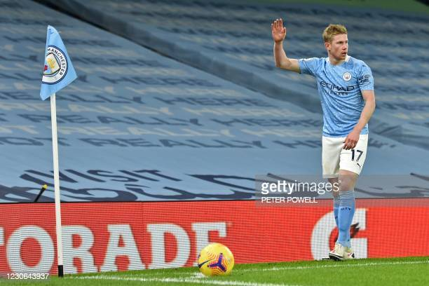 Manchester City's Belgian midfielder Kevin De Bruyne prepares to take a corner kick during the English Premier League football match between...