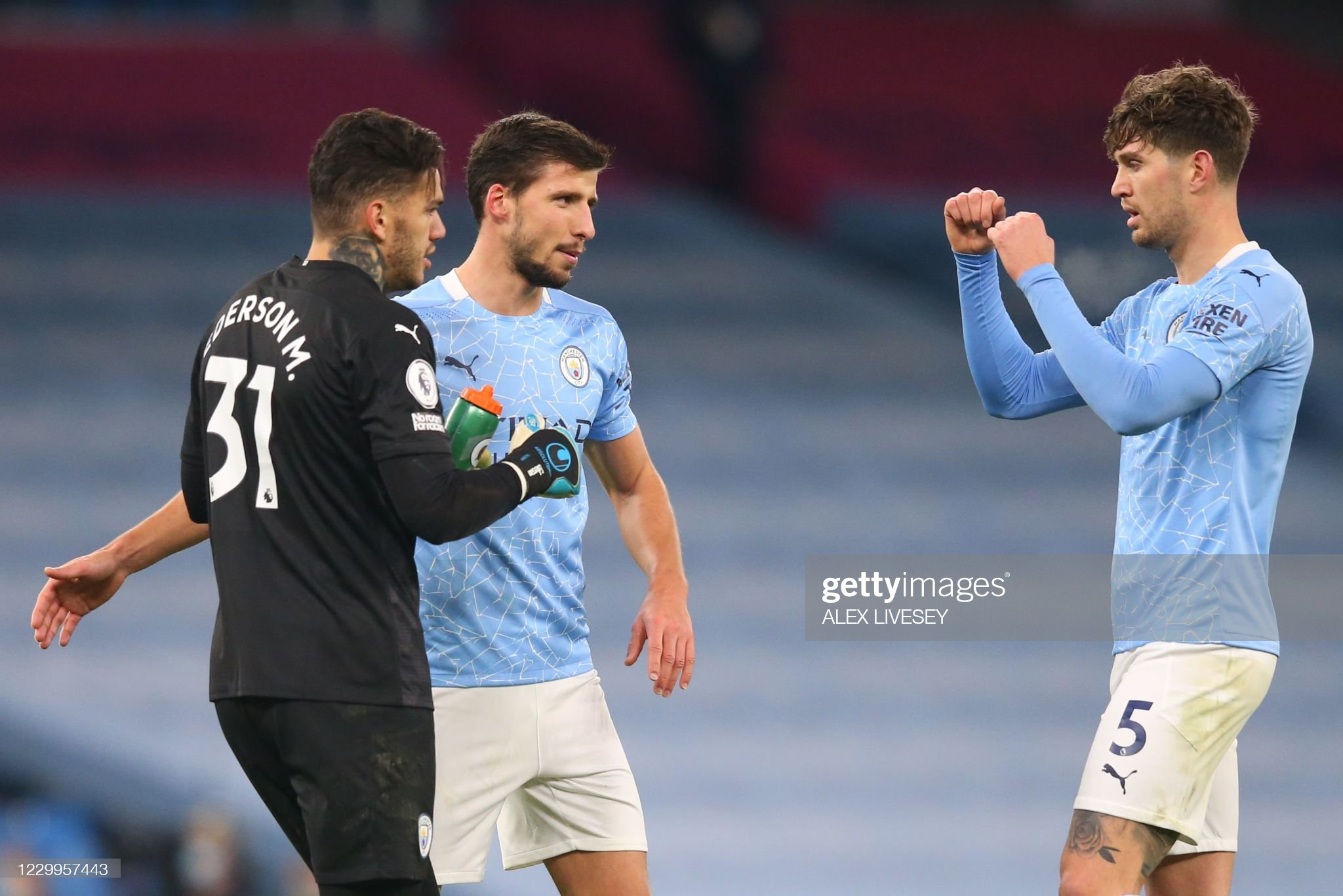 FBL-ENG-PR-MAN CITY-FULHAM : News Photo