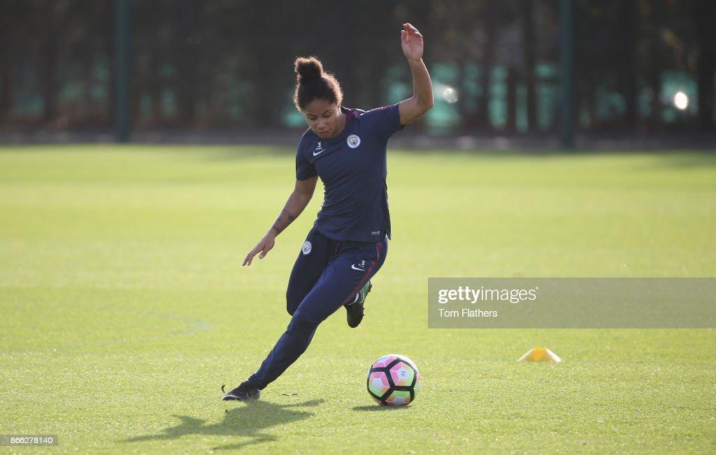 Manchester City Women Training Session : News Photo