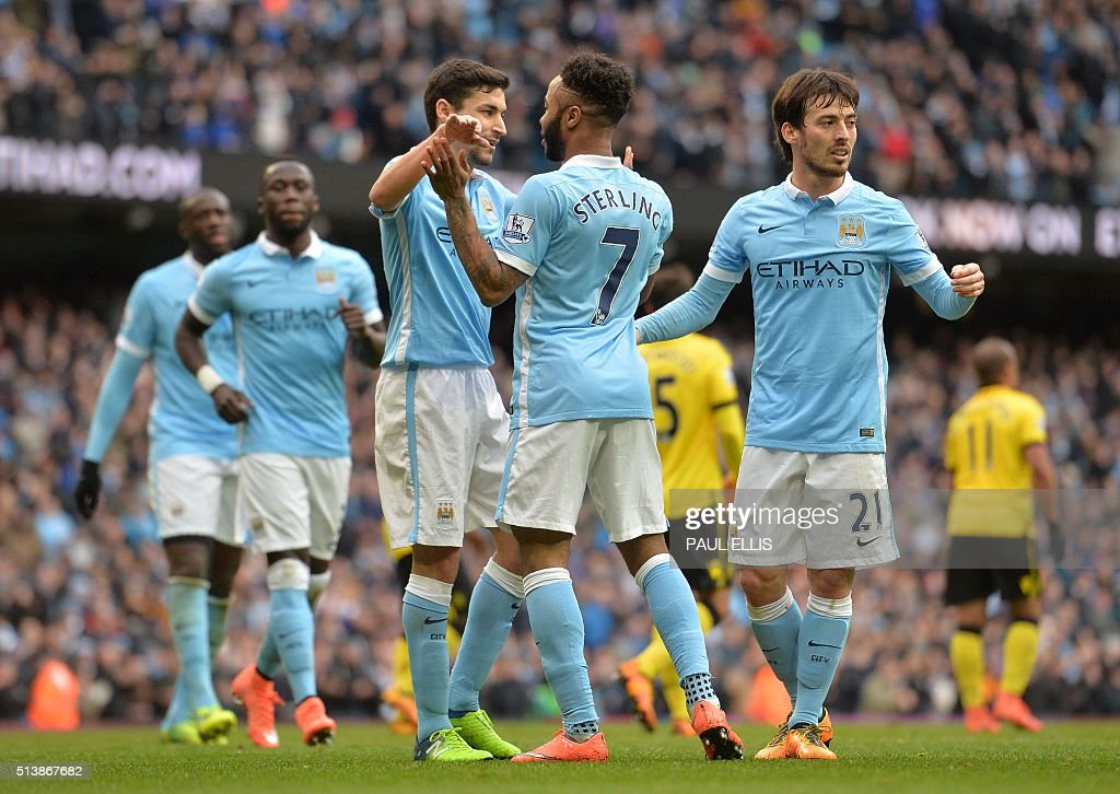 FBL-ENG-PR-MAN CITY-ASTON VILLA : News Photo