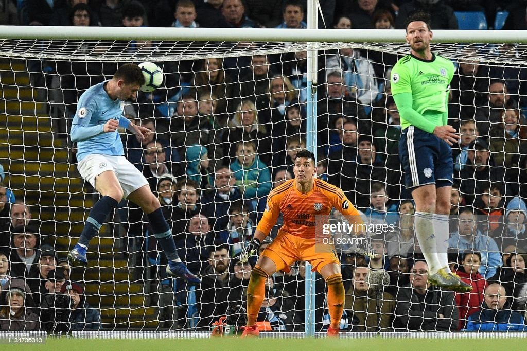 FBL-ENG-PR-MAN CITY-CARDIFF : News Photo