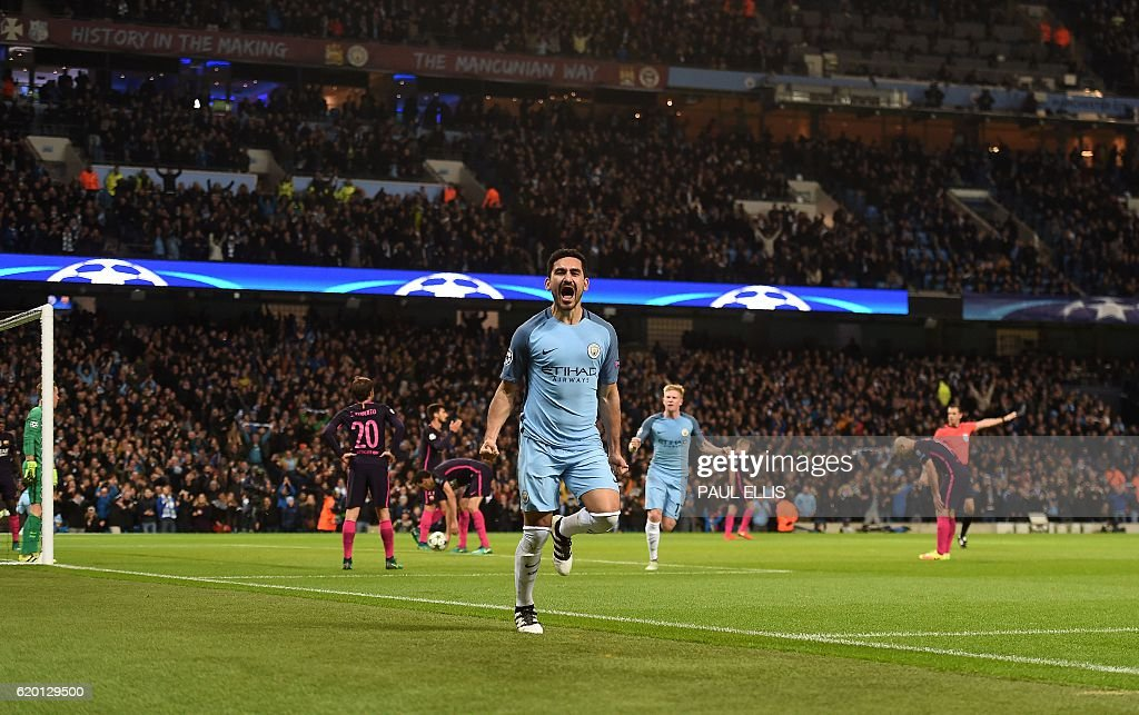 FBL-EUR-C1-MAN CITY-BARCELONA : News Photo
