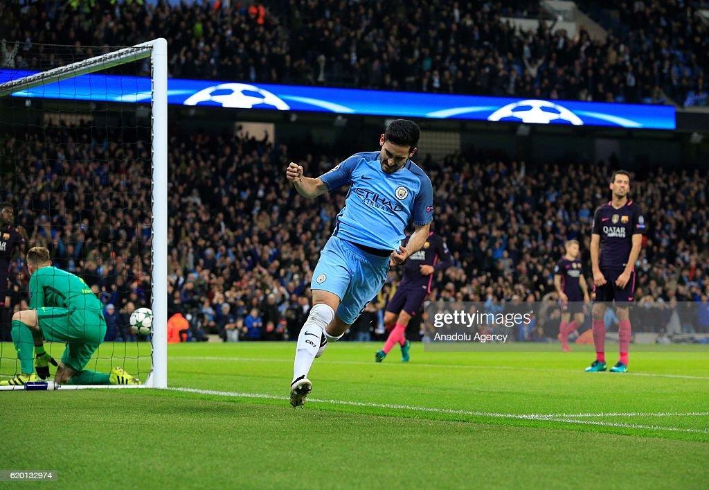Manchester City vs Barcelona - UEFA Champions League : News Photo