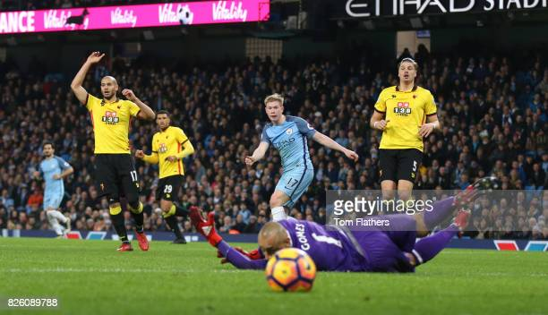 Manchester City's Kevin De Bruyne has a shot on goal