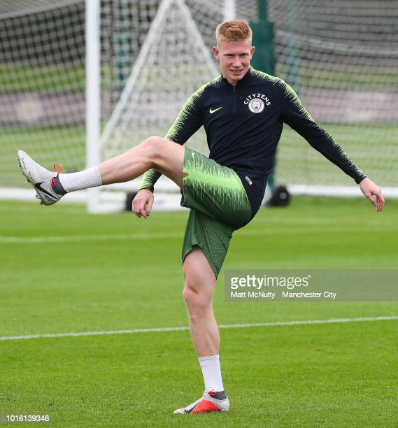 Manchester City's Kevin de Bruyne warms up during training at Manchester City Football Academy on August 13 2018 in Manchester England