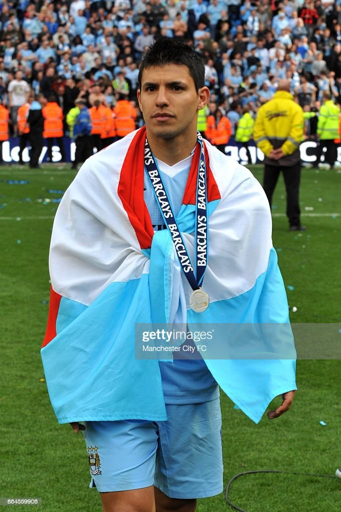 Manchester City's Sergio Aguero celebrates winning the Premier Leaguel.