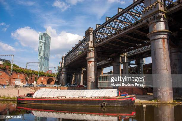 manchester, england - castlefield and deansgate - グレーターマンチェスター ストックフォトと画像
