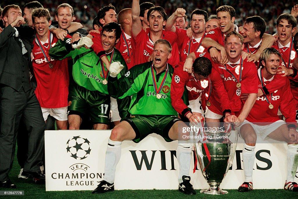 Soccer - 1999 UEFA Champions League Final - Manchester Utd vs Bayern Munich : News Photo