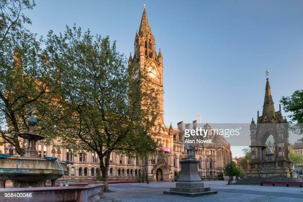 manchester town hall and albert square, manchester, greater manchester, england, uk - manchester england stock pictures, royalty-free photos & images