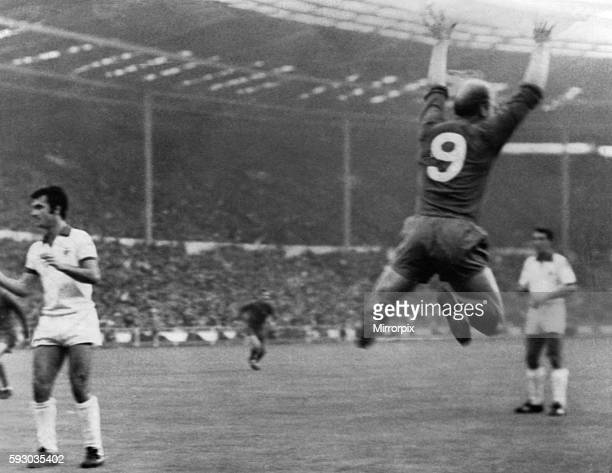 Manchester United 4 v Benfica 1 United's Bobby Charlton leaps into the air in celebration after scoring the first goal 29th May 1968