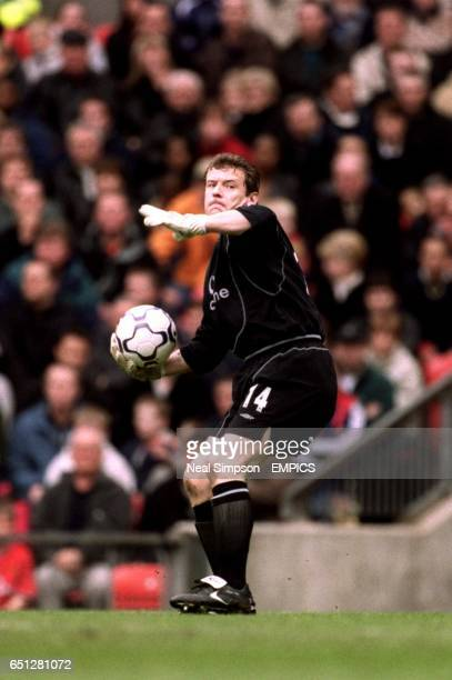 Manchester United goalkeeper Andy Goram prepares to throw the ball out