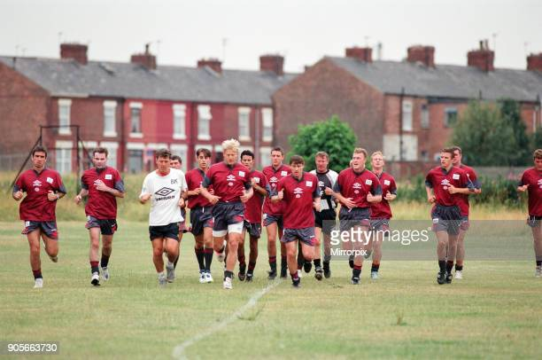 Manchester United in their first day of training 13th July 1995