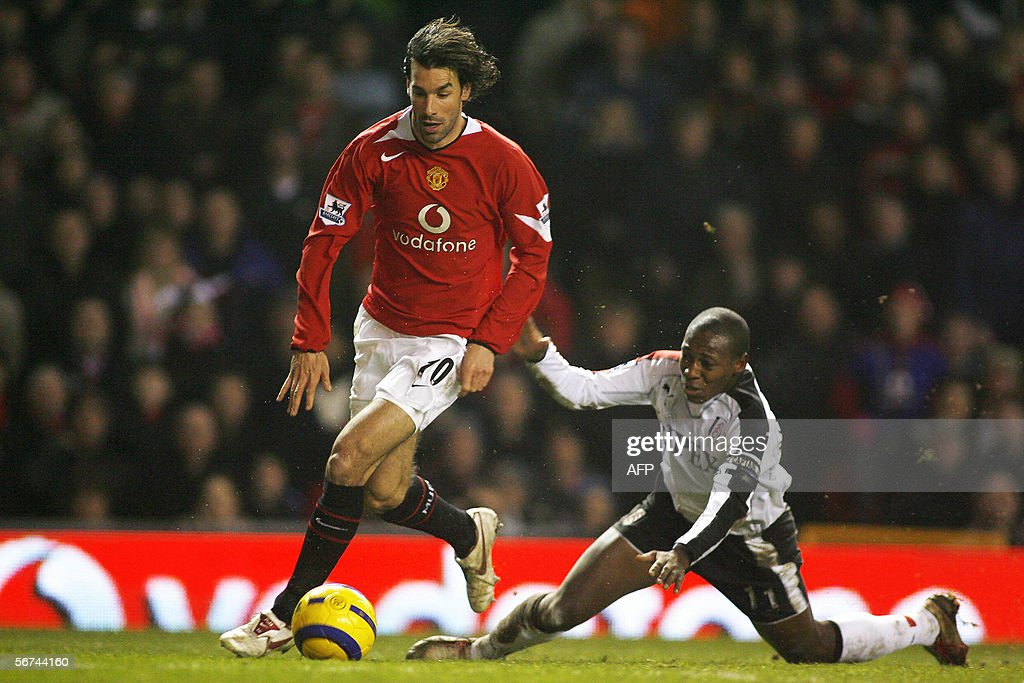 Manchester United's Ruud Van Nistelrooy : News Photo