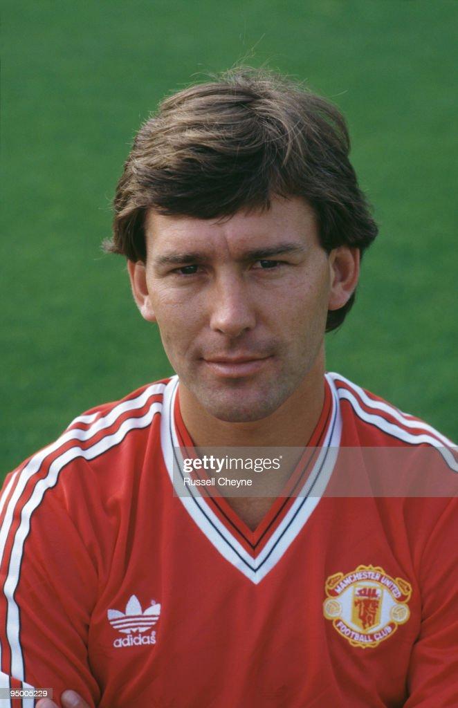 Manchester United midfielder Bryan Robson, 1988.