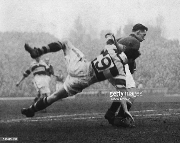 Manchester United play nonleague Walthamstow Avenue in a fourth round FA Cup replay at Highbury 5th February 1953 After being held to a draw at Old...