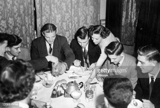 Manchester United players lodging at Mrs Watsons Old Trafford Guest House 23rd September 1953 Bill Whelan Jackie Blanchflower Mark Jones Gordon...