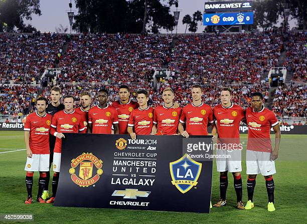 Manchester United pose prior to the preseason friendly match between Los Angeles Galaxy and Manchester United at Rose Bowl on July 23 2014 in...