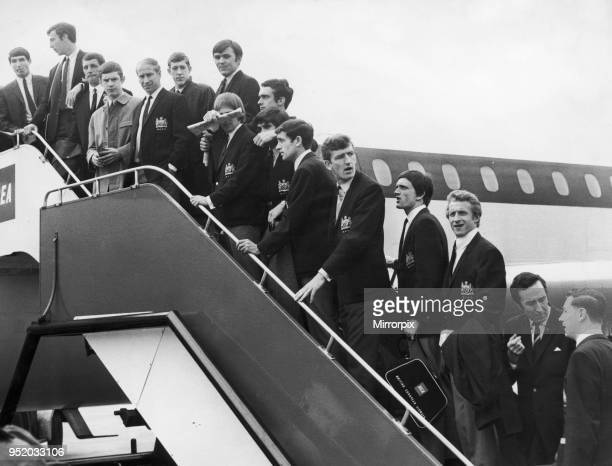 Manchester United seen here boarding a plane at Manchester Ringway airport for their European Cup match semi final match against Real Madrid 14th May...