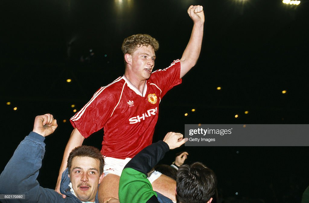 Mark Robins Manchester United FA Cup Semi Final Replay 1990 : News Photo