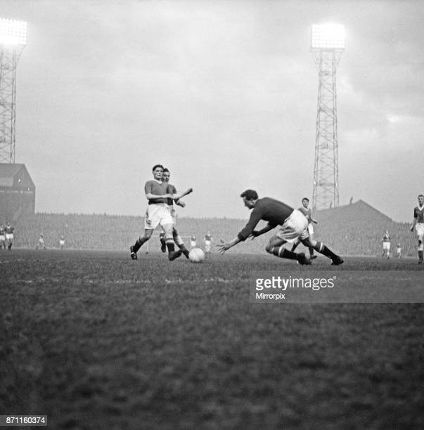 Manchester United v Leicester City Final score 40 to Manchester United League Division One Old Trafford 21st December 1957