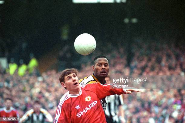 Manchester United's Andrei Kanchelskis and Notts County's Alan Paris in action during the League Division One match at Meadow Lane Nottingham The...