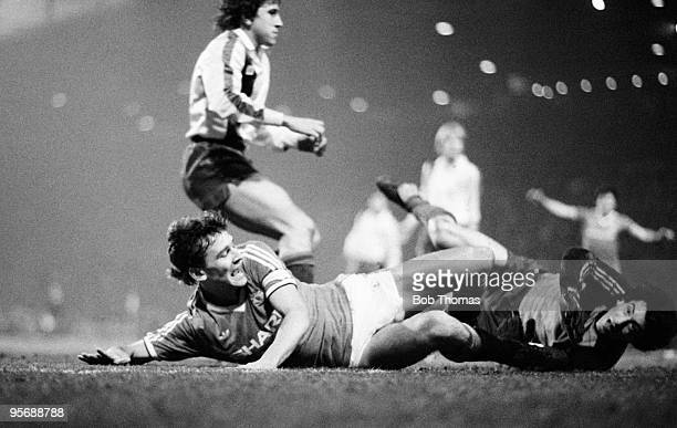 Manchester United's Bryan Robson shoots past Barcelona's Javier Urruti during their European Cup Winners Cup quarterfinal 2nd leg match held at Old...