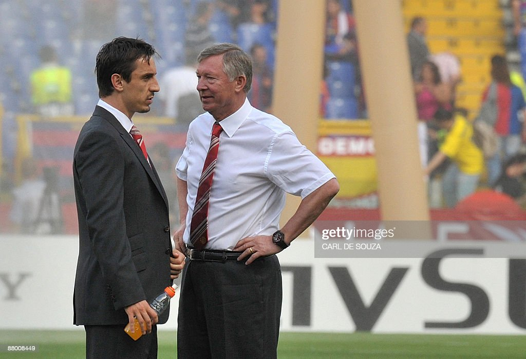 Manchester United's coach Sir Alex Fergu : News Photo