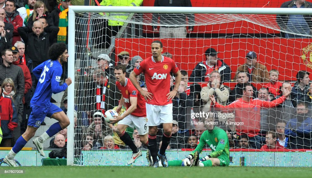Soccer - Barclays Premier League - Manchester United v Everton - Old Trafford : News Photo