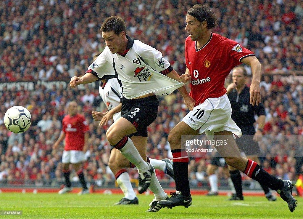 Manchester United's Dutch forward Ruud van Nistler : News Photo