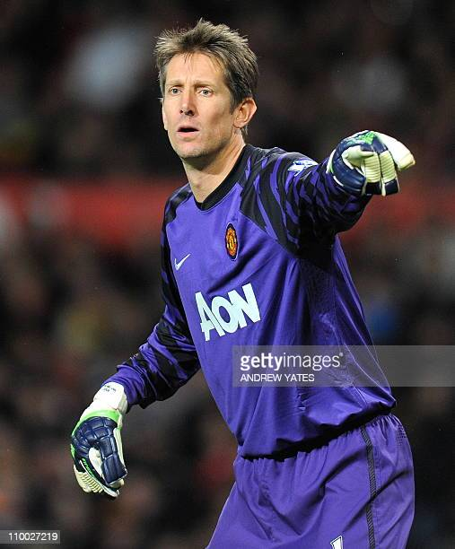 Manchester United's Dutch goalkeeper Edwin van der Sar looks on during the FA Cup quarterfinal football match between Manchester United and Arsenal...