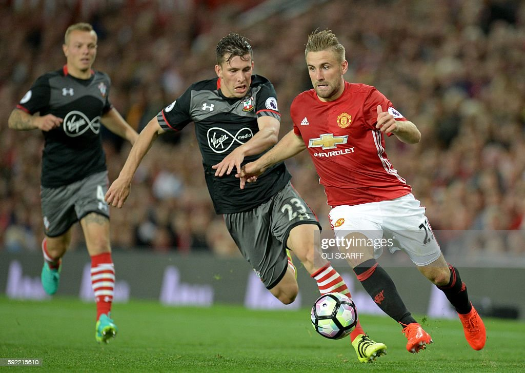 FBL-ENG-PR-MAN UTD-SOUTHAMPTON : News Photo