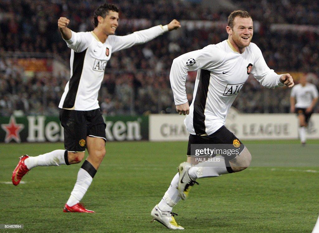 Manchester United's English forward Wayn : News Photo