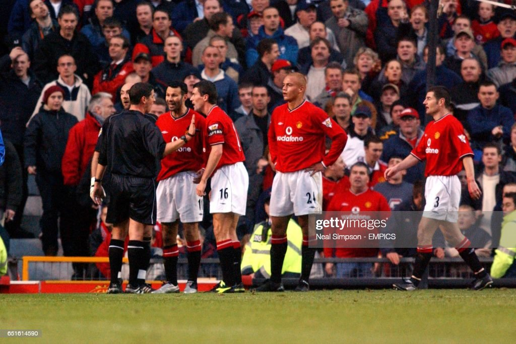 Soccer - FA Barclaycard Premiership - Manchester United v Leicester City : News Photo