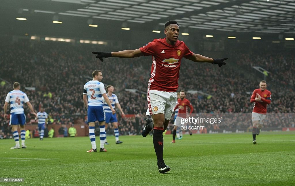 FBL-ENG-FACUP-MAN UTD-READING : News Photo