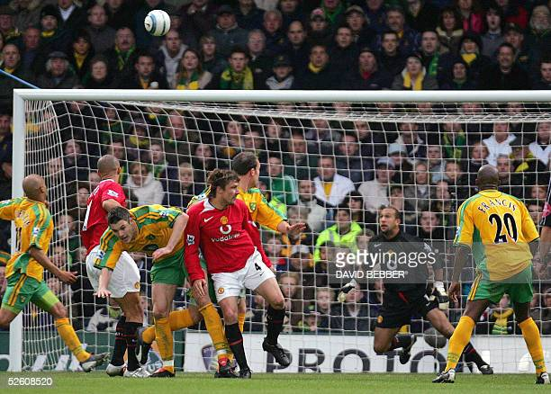 Manchester United's Goalkeeper Tim Howard watches a header by Norwich City's Dean Ashton flying past him at the Carrow Road stadium 09 April 2005...