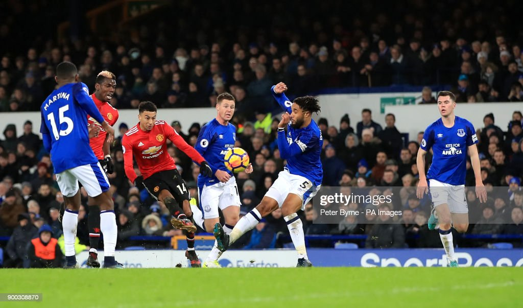 Manchester United's Jesse Lingard scores his side's second goal of the game during the Premier League match at Goodison Park, Liverpool.