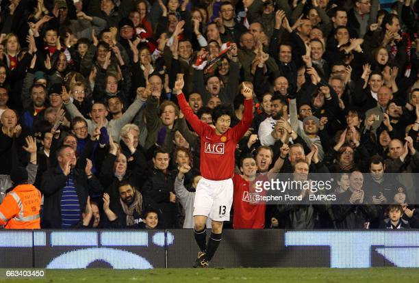 Manchester United's Ji-Sung Park celebrates after scoring the fourth goal