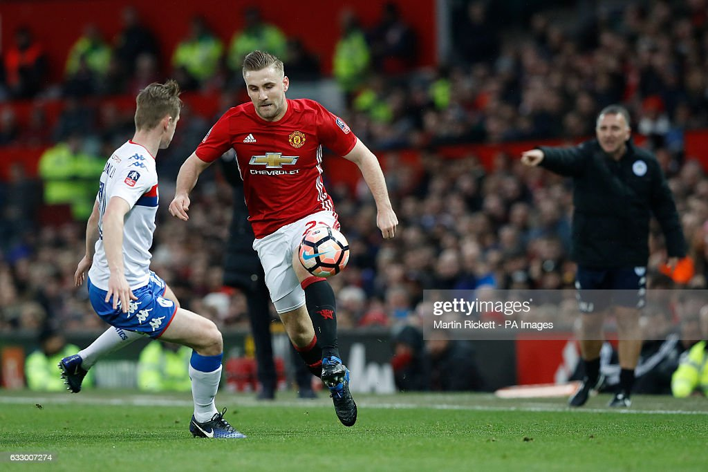 Manchester United v Wigan Athletic - Emirates FA Cup - Fourth Round - Old Trafford : News Photo