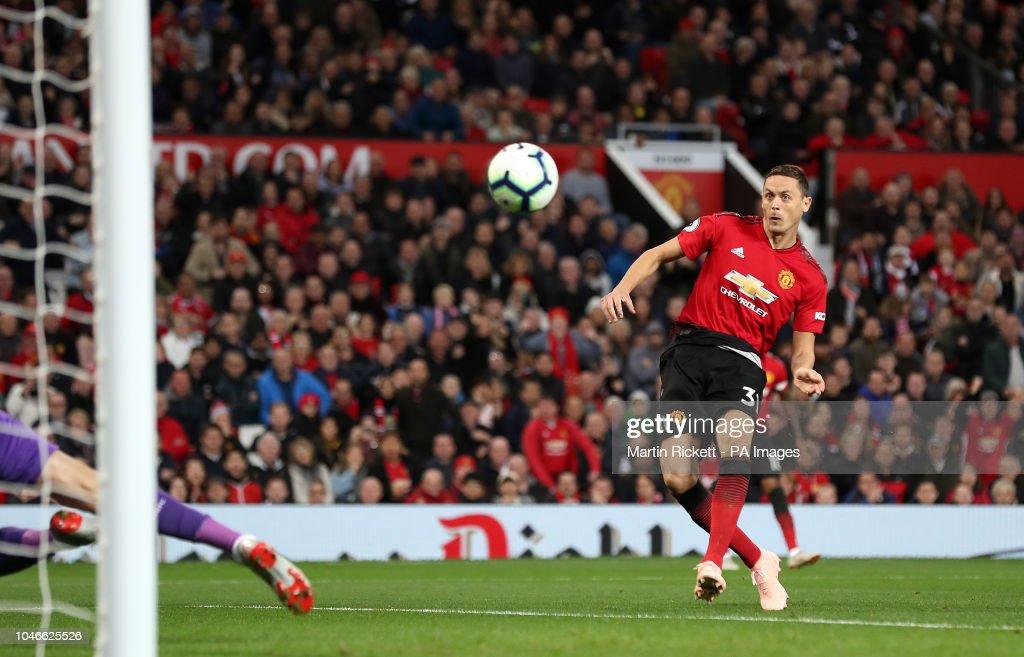 Manchester United v Newcastle United - Premier League - Old Trafford : News Photo