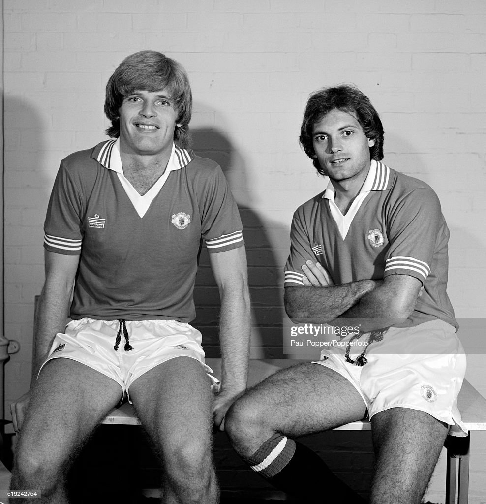 Gordon McQueen And Ray Wilkins  -  Manchester United : News Photo