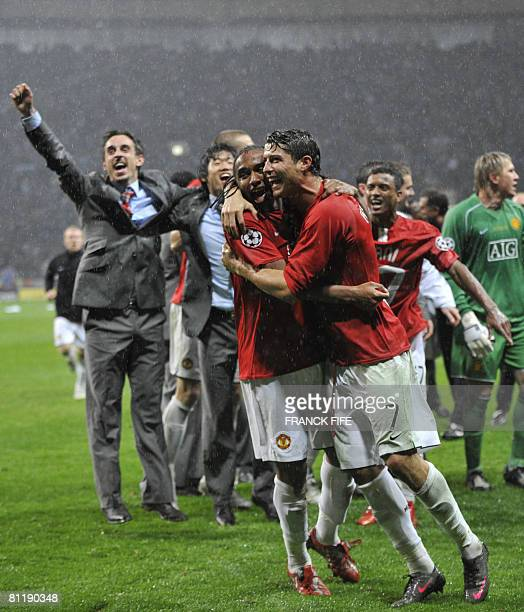 Manchester United's Portugese midfielder Cristiano Ronaldo and Anderson celebrate after beating Chelsea in a penalty shoot out to win the final of...