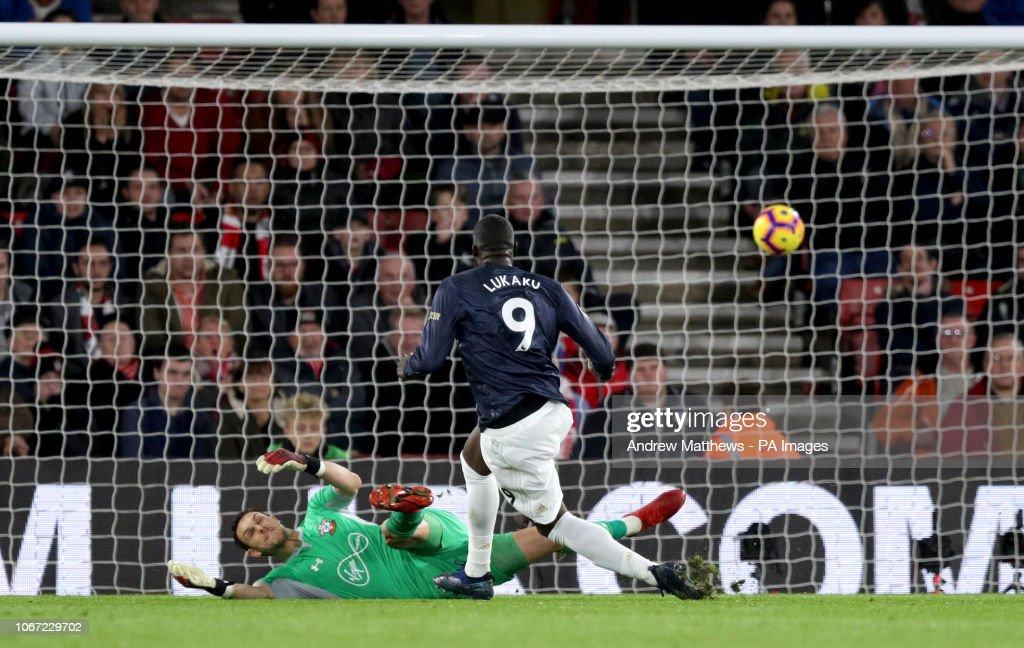 Southampton v Manchester United - Premier League - St Mary's Stadium : News Photo
