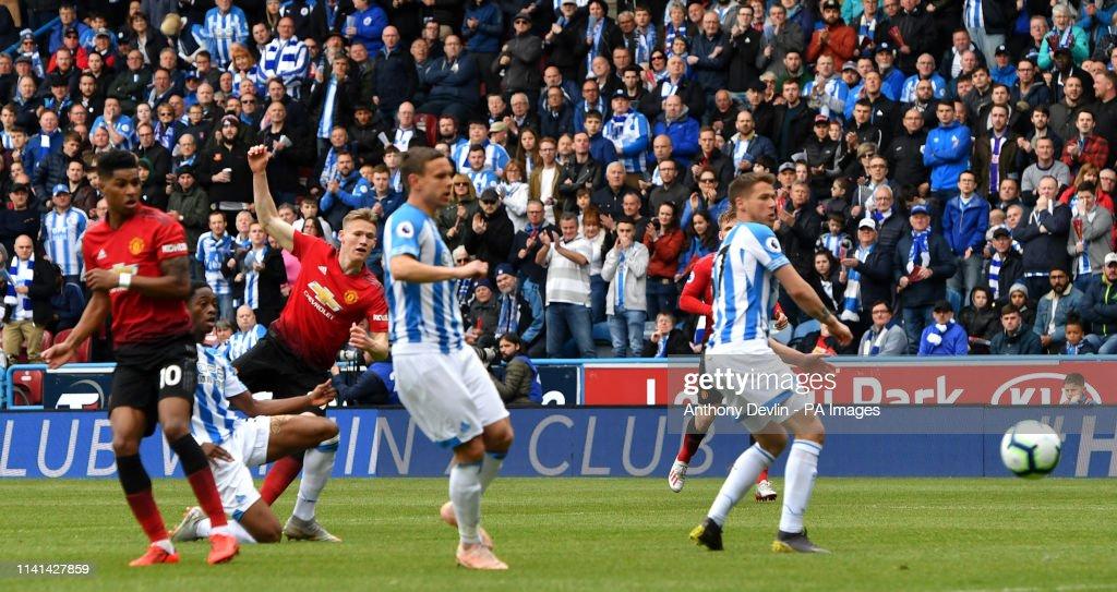 Huddersfield Town v Manchester United - Premier League - John Smith's Stadium : News Photo